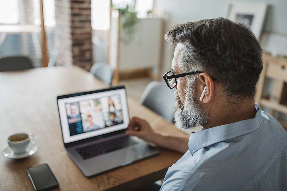 You're alone and working from home: how good is your decision making?